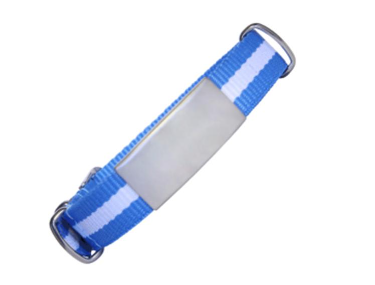 ID De Emergencia Con Correa En Nylon Tipo Reloj Con Diseño Tipo Militar Azul Con Raya Blanca 245 Mm Ancho 14mm Y 18mm